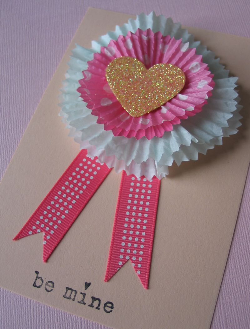 valentine gifts: cupcake liner cards tutorial