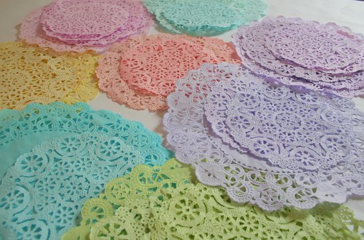 How_to_hand_dye_color_doilies