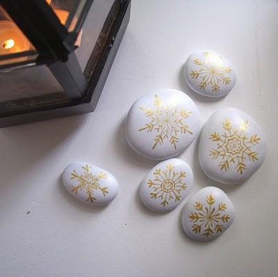 Snowflake Rocks