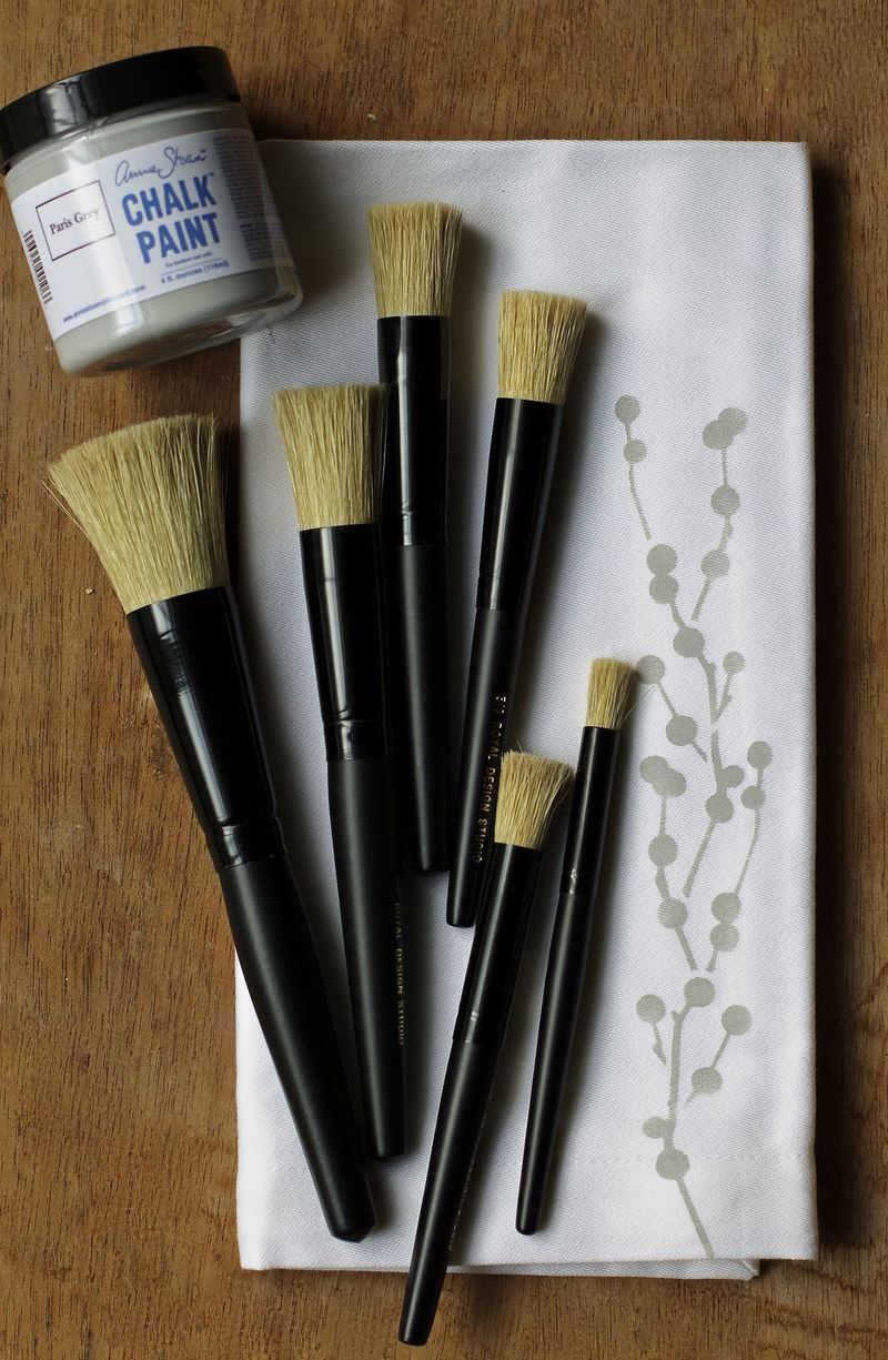 Royal Design Studio stencil brushes