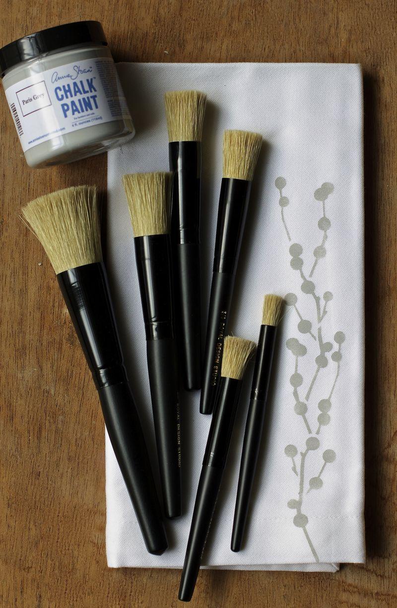 Royal Design Studio stencil brushes