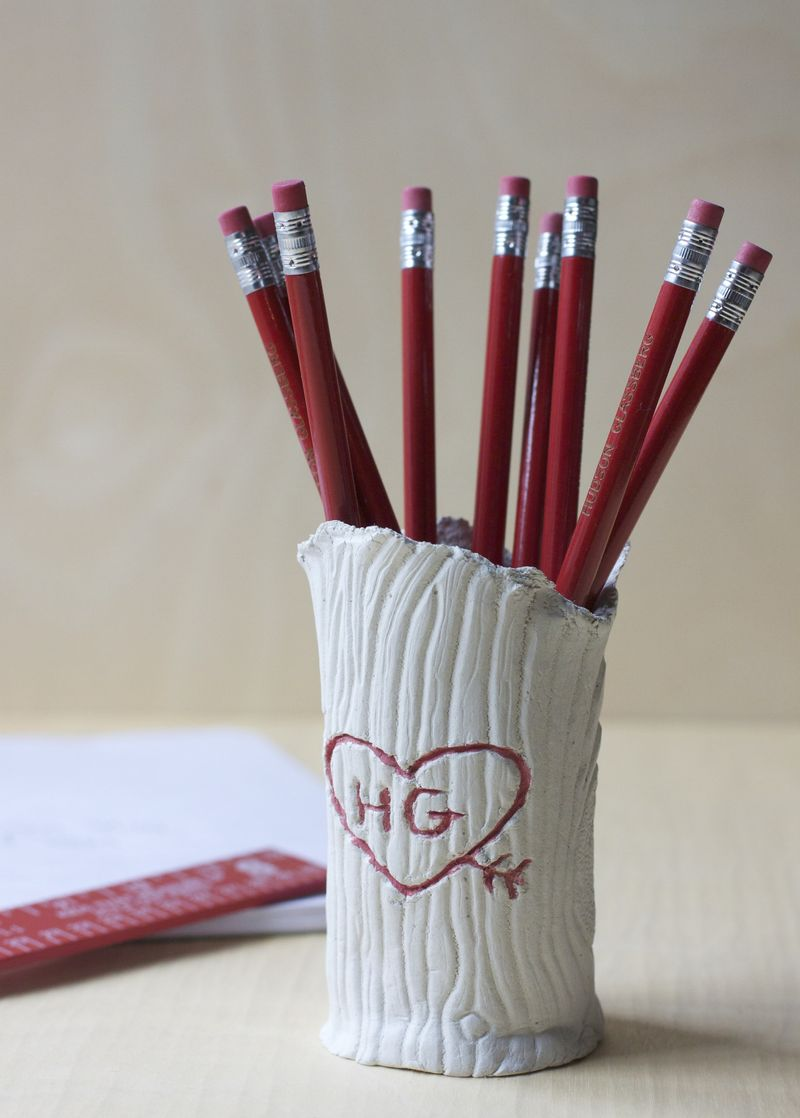 Tree Trunk Pencil Holder | Urban Comfort